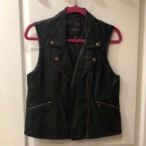 Sanctuary Los Angeles Black Faux Leather Vest